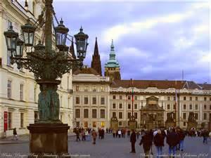 thQQ7T3JDQ  inside Prague's Hardcany Castle