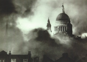 St Pauls Cathedral in the Blitz