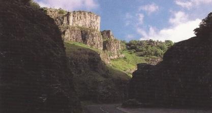 Cheddar Gorge1
