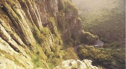Cheddar Gorge2