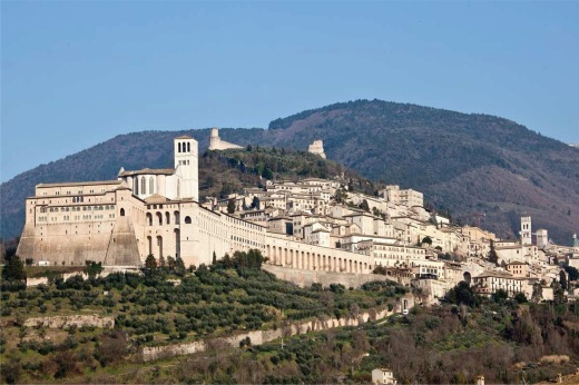 Panoramic_view_of_Assisi