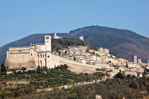 Panoramic_view_of_Assisi