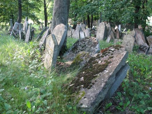 Jewish_cemetery_in_Mikulov