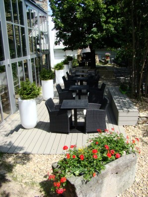Prestige Hotel patio