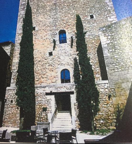 parador-de-alarcon-interior-tower-e1496448092620.jpg