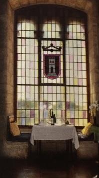 Parador de Tortosa Interior Glass